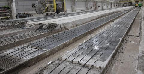 Производство пустотных преднапряженных плит немецким оборудованием на жесткой бетонной смеси