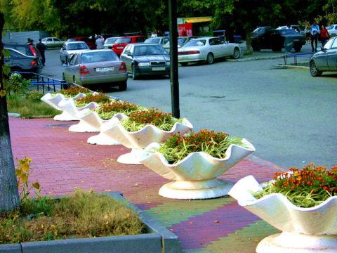 Цветной бетон на городской улице