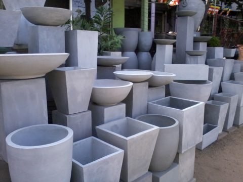 Вазы бетонные