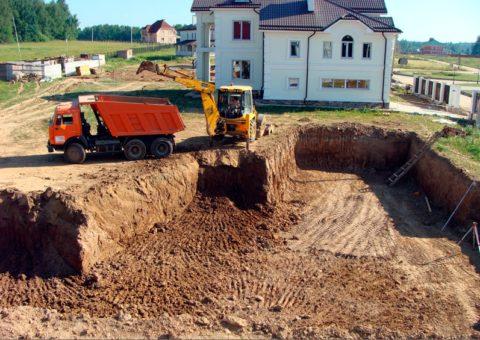 Земляные работы по устройству котлована