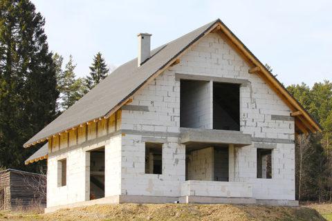 Одноэтажное строение из пеноблока