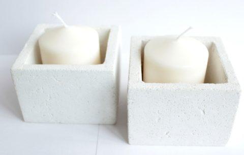 Подсвечники, изготовленные из бетона на белом цементе