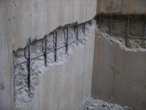 Расположение арматуры внутри бетонной стены