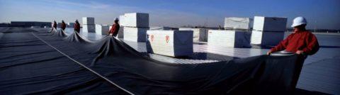 Растяжка мембраны EPDM по бетонной крыше