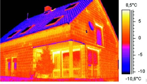 Дом из пеноблоков на тепловизоре