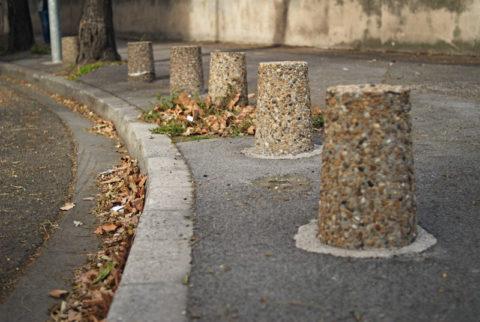 Любую бетонную временную тумбу можно смонтировать на постоянной основе