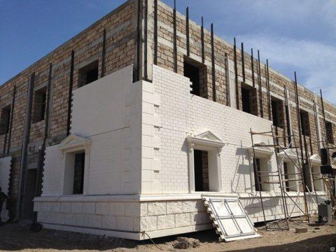 Монтаж панелей СФБ на направляющие конструкции вентилируемого фасада