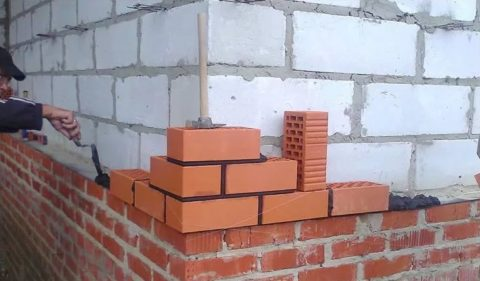 Облицовка вплотную к стене