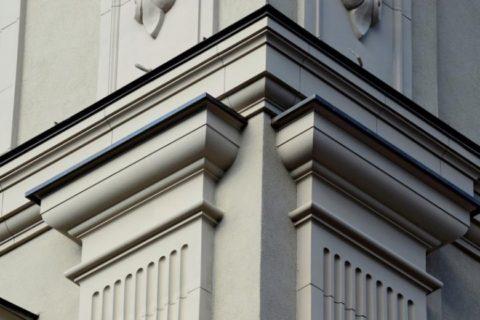 Возможности стеклофибробетона не ограничиваются классическими стилями архитектуры