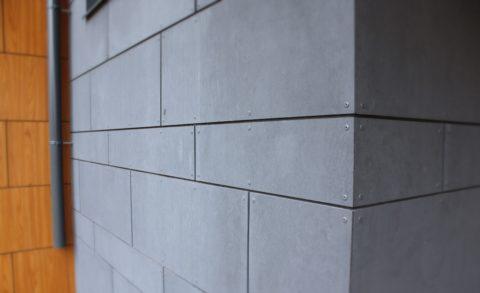 Заклепки для монтажа, обычно окрашивают в основной цвет фасада