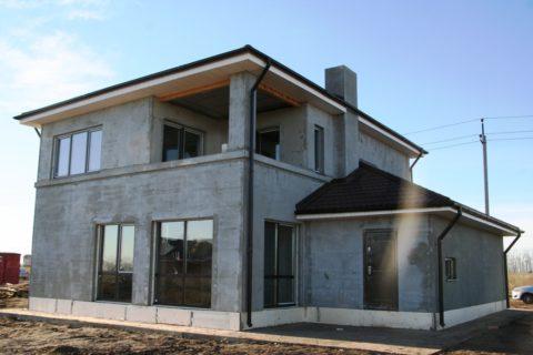 Дом измонолитного материала