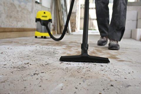 Перед проведением дальнейших работ, бетонную поверхность следует очистить