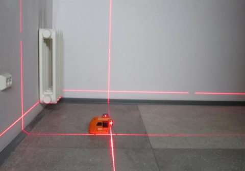 Лазерный построитель плоскостей в работе
