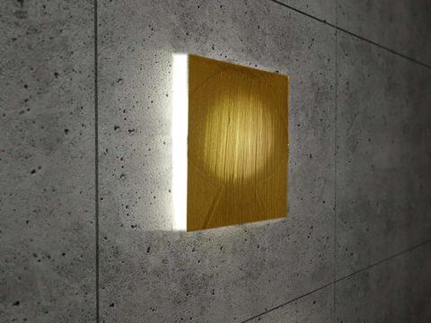 Настенный светильник ицветного светопрозрачного бетона
