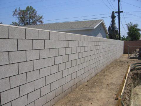 Ограждение из легкого бетона