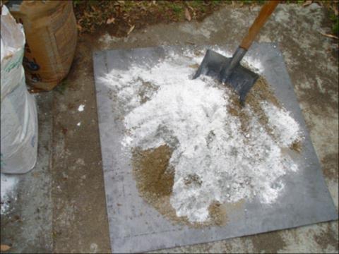 Как изготавливается настроительной площадкебетон: пропорции песка ицементадозированные без весов