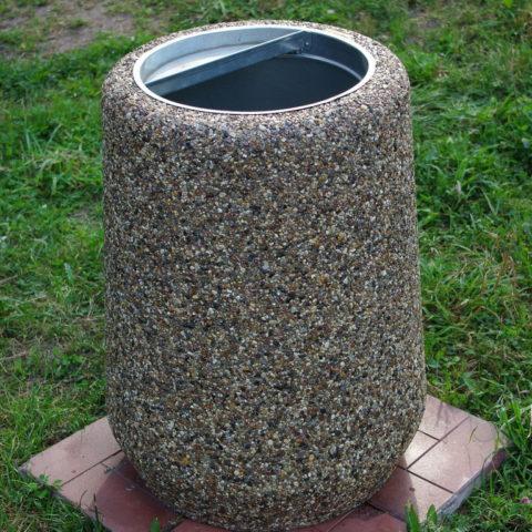 Напольная урна, изготовленная потехнологии мытого бетона
