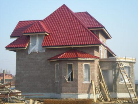 Сегодня строительство домов из керамзитобетонных блоков – повсеместное явление