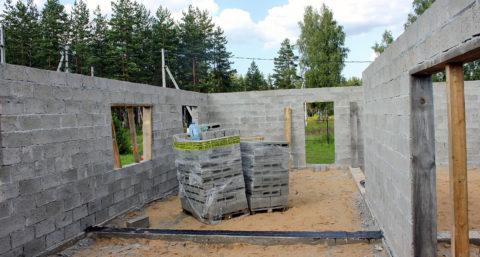 Строим дом из керамзитобетонных блоков своими руками – внутренние перегородки