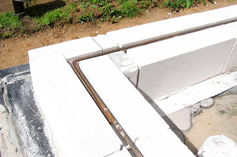 как правильно положить газобетонные блоки