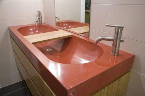 Применение красителя для изготовления раковины из бетона