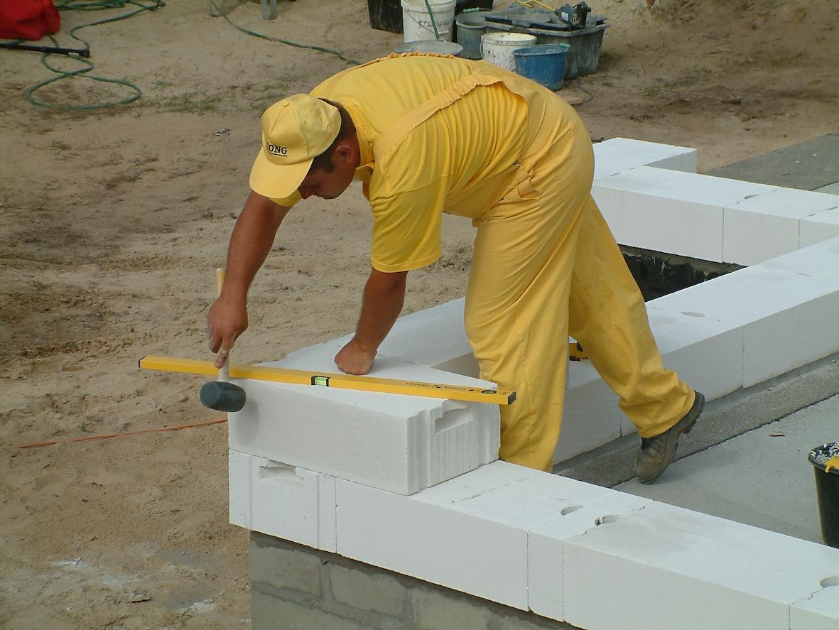 монтаж газосиликатных блоков