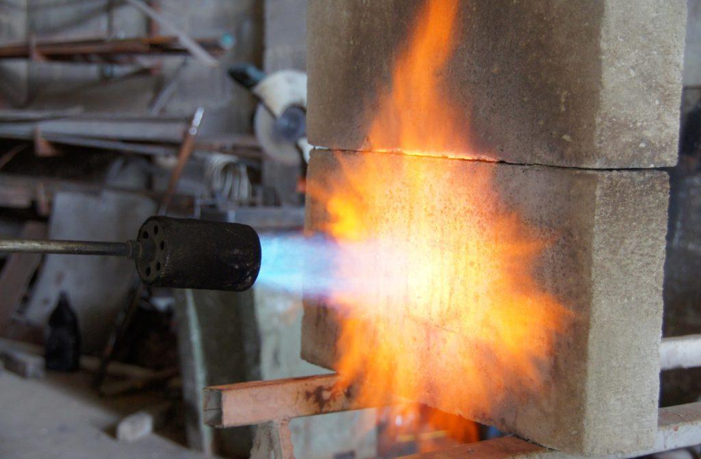 бетона испытания огнеупорного
