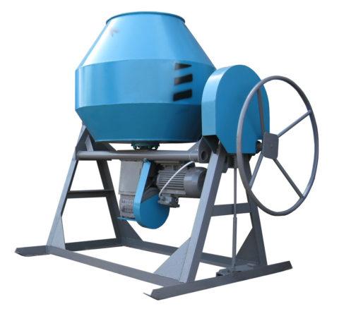 Как правило, бетономешалка номинальным объемом 500 литров и выше это стационарная и тяжелая конструкция с солидным запасом жесткости