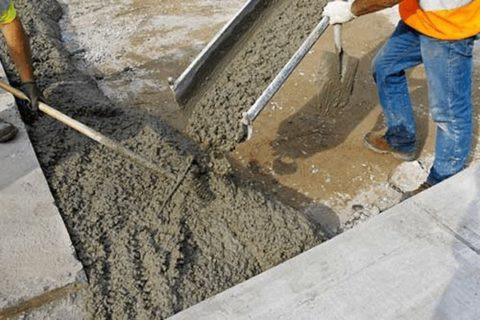 Какой бетон лучше использовать для фундамента, и как правильно его замесить