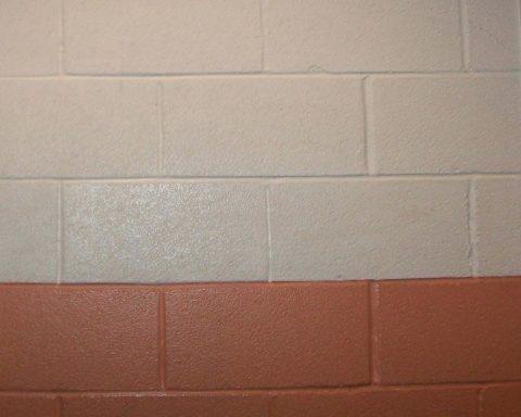 Так выглядит покраска стен из газобетона