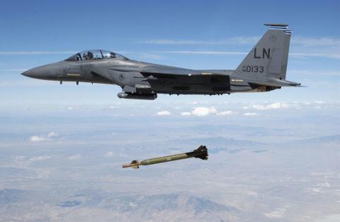 Американские бентонобойные бомбы недостижимый эталон по критериям цена-качество и количество-эффективность