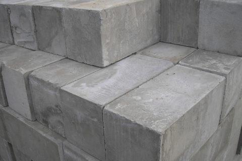 Блоки бетонные стеновые 20х20х40