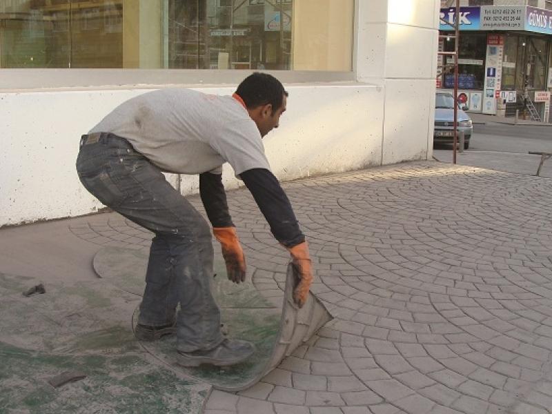 Тиснений бетон бетонная смесь зимой