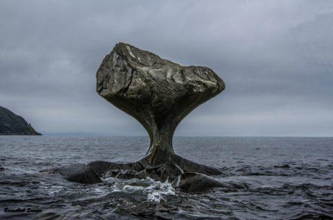 Такой результат противостояние воды и камня в естественной среде имеет за несколько тысяч лет