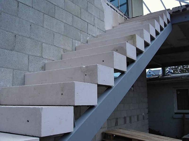 Устройство бетонных ступеней из газобетонных блоков
