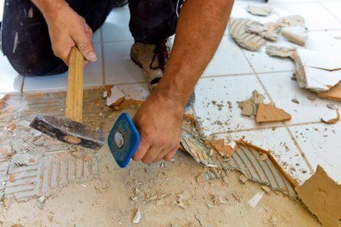 Демонтаж с пола керамической плитки