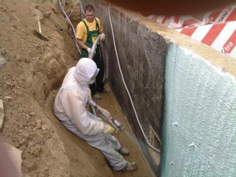 Гидроизоляция бетонного подвала жидким пенополиуретаном