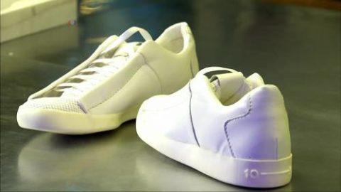 Кроссовки вполне материалы и на вид довольно практичные