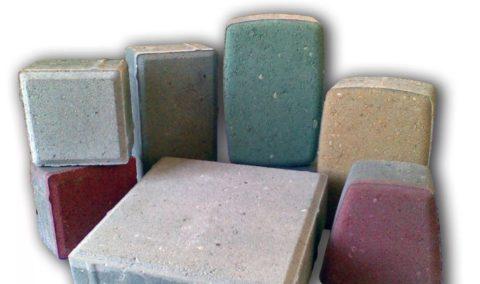Плитка тротуарная бетоннаясцветным лицевым слоем
