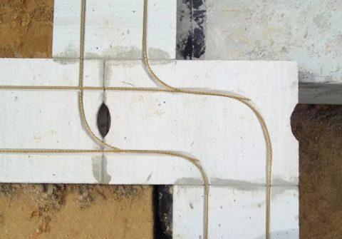 Кладка, армированная стеклопластиком