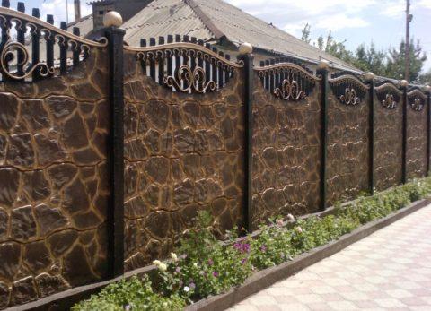 """Красивый бетонный забор """"под камень"""""""
