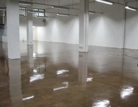Обработанное бетонное основание пропиткой