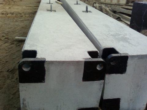 Сборные конструкции оснащены элементами для крепления к стенам и перекрытиям