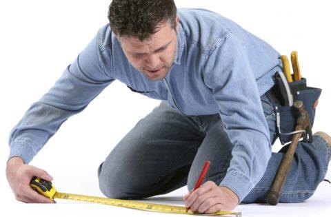 Стелим линолеум на бетонный пол самостоятельно – начинаем с замеров