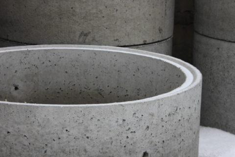Бетонные кольца для колодца с замком