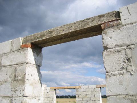 Элементы перекрытий проемов в малоэтажном строительстве