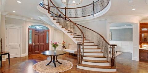 Красивая бетонная лестница может стать центральным элементом интерьера