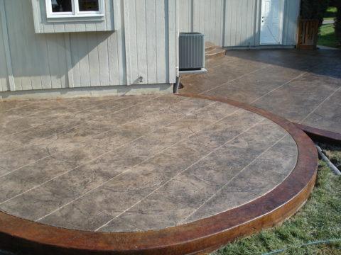 Отделка бетонной плиткой