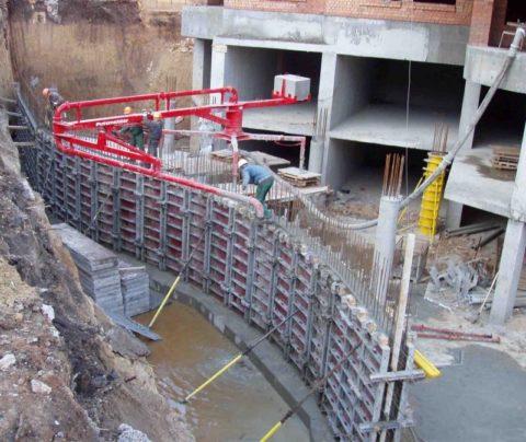 Проведение строительства монолитных сооружений