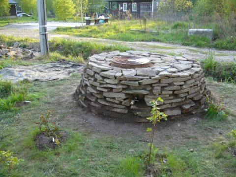Декорирование бетонного сооружения камнем